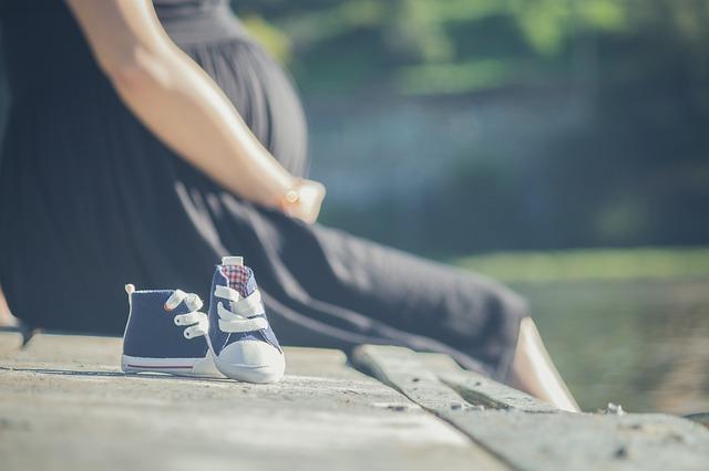 妊娠 赤ちゃん マタニティ