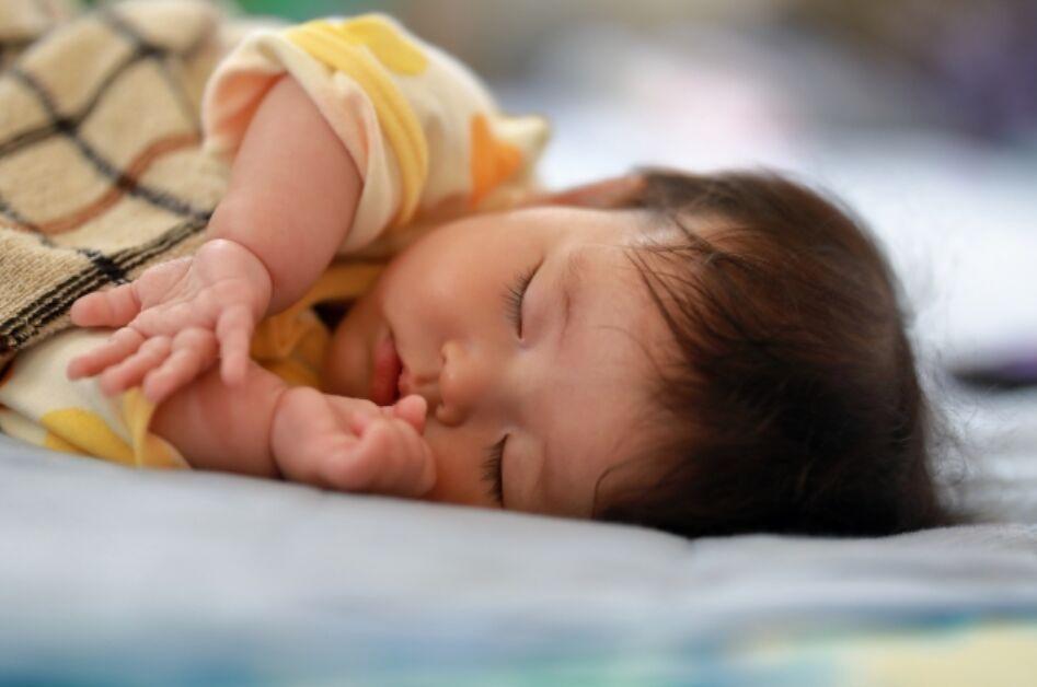赤ちゃん 子供 寝る