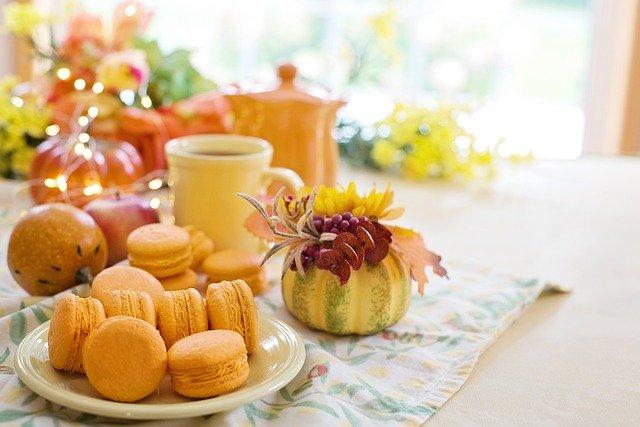 ティータイムのお菓子とお茶