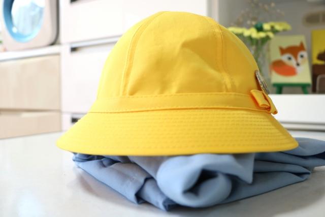 幼稚園 スモックと帽子