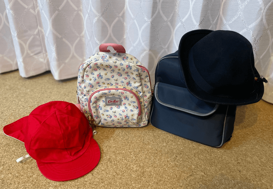 幼稚園、保育園のかばんと帽子